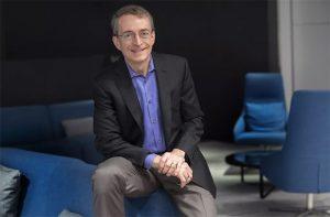پت جلسینجر ، مدیرعامل اینتل اعلام کرد که پس از Alder Lake ، Sapphire Rapids ، برتری AMD به پایان رسیده است